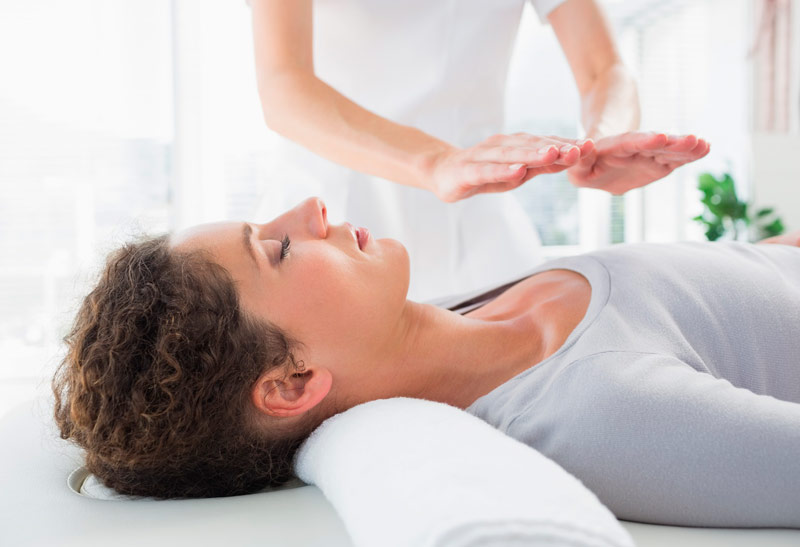 Reiki en Nayanda terapias alternativas